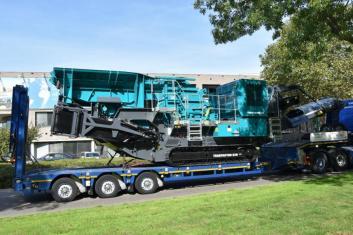 Terex Powerscreen Trakpactor 320